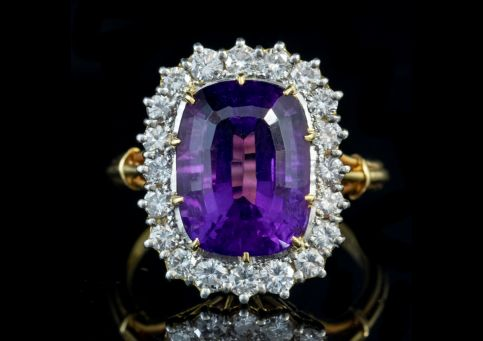 VINTAGE AMETHYST DIAMOND RING 18CT GOLD 6CT AMETHYST DATED 1974 Front