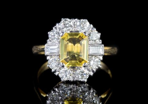 YELLOW SAPPHIRE DIAMOND RING 18CT GOLD 2.25CT SAPPHIRE front