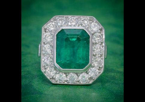 ART_DECO_EMERALD_DIAMOND_RING_5.20CT_EMERALD_3.60CT_DIAMOND_PLATINUM_RING_CIRCA_1920_cover_600x