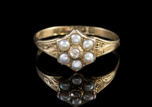 ANTIQUE VICTORIAN PEARL DIAMOND LOCKET RING 9CT GOLD DATED 1848 FRONT