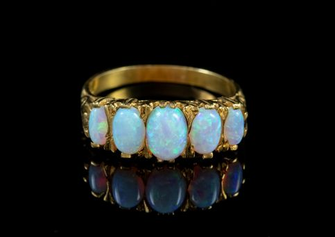 OPAL FIVE STONE RING 18CT GOLD SILVER FRONT
