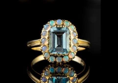Blue Topaz Opal Ring 9ct Gold 1.80ct Topaz front