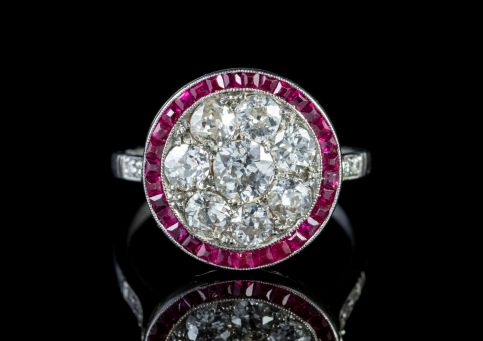 Art Deco Ruby Diamond Ring Platinum 1.80ct Of Diamond Circa 1930 front