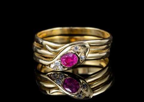 ANTIQUE VICTORIAN RUBY DIAMOND SNAKE RING CIRCA 1900 front