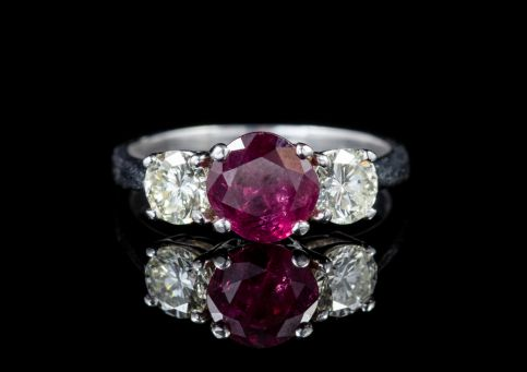 ANTIQUE EDWARDIAN RUBY DIAMOND TRILOGY RING PLATINUM CIRCA 1910 front