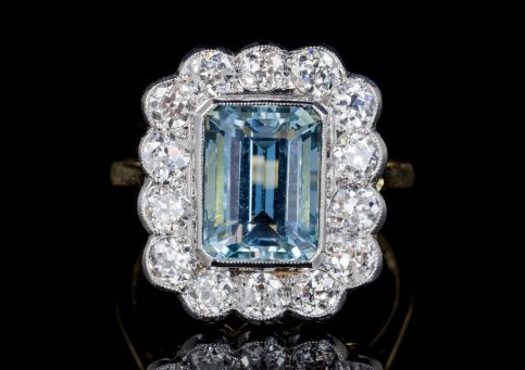 AQUAMARINE DIAMOND CLUSTER RING 18CT GOLD 4CT AQUA front