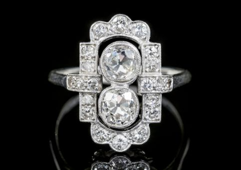 ART DECO OLD CUT DIAMOND CLUSTER RING 18CT WHITE GOLD CIRCA 1930 front