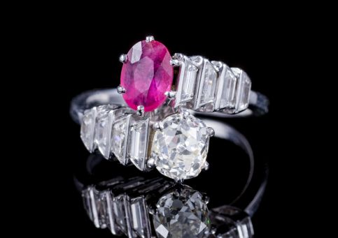 ART DECO FRENCH RUBY DIAMOND RING 18CT WHITE GOLD CIRCA 1920  front