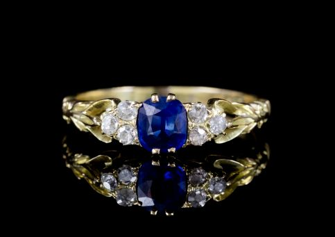 ANTIQUE VICTORIAN SAPPHIRE DIAMOND TRILOGY RING 18CT GOLD CIRCA 1900  front