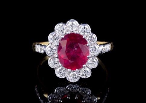 RUBY DIAMOND CLUSTER RING 3CT RUBY 1.20CT DIAMOND 18CT GOLD front