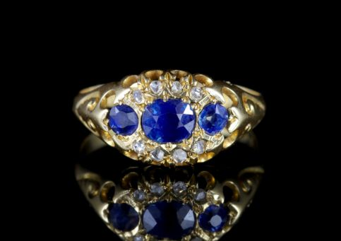 Antique Edwardian Sapphire Diamond Ring Dated Chester 1903 FRONT