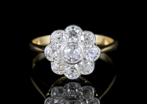 Diamond Cluster Ring 18ct Gold 1.54ct Diamonds FRONT