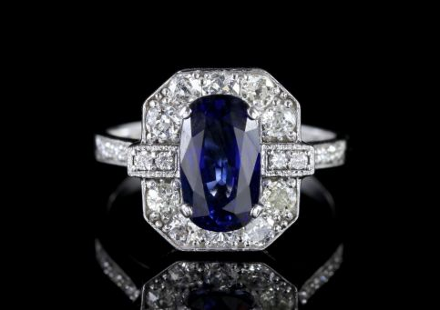 Sapphire Diamond Ring 18ct White Gold 2.50ct Sapphire FRONT