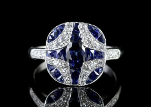Sapphire Diamond Ring 18ct White Gold FRONT