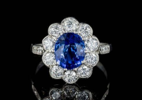 SAPPHIRE DIAMOND CLUSTER RING PLATINUM ENGAGEMENT RING 3CT SAPPHIRE