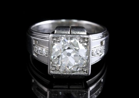 French Art Deco Platinum Diamond Ring 2.04ct FRONT