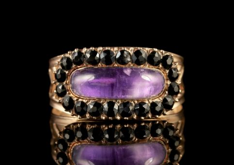 Antique Georgian 18ct Gold Amethyst Sapphire Ring Circa 1800 FRONT