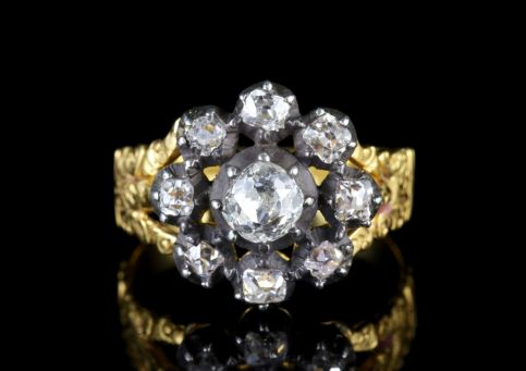Antique Georgian 18ct Gold Diamond Cluster Ring Circa 1780 FRONT