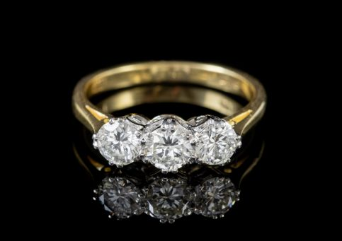 ANTIQUE EDWARDIAN 18CT GOLD PLATINUM DIAMOND TRILOGY RING CIRCA 1905 front