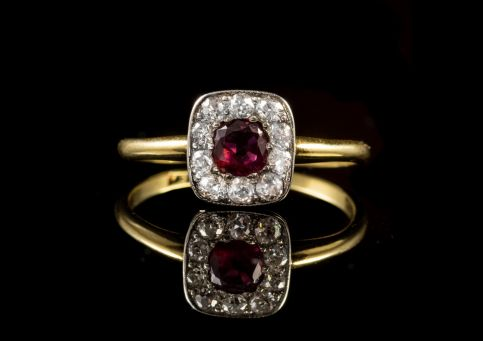 ANTIQUE ART DECO RUBY DIAMOND RING 18CT GOLD CIRCA 1930 FRONT