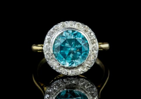 ANTIQUE BLUE ZIRCON DIAMOND RING 18CT GOLD 3CT ZIRCON CIRCA 1918 front