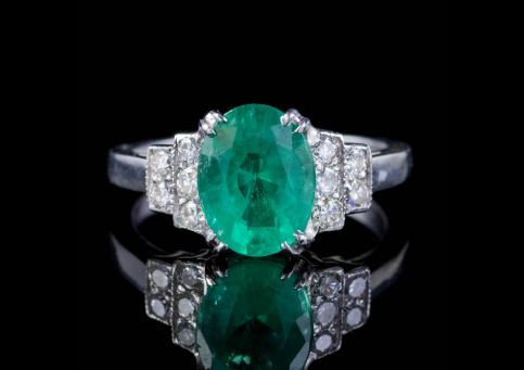 VINTAGE FRENCH 2CT EMERALD DIAMOND ENGAGEMENT RING 18CT WHITE GOLD CIRCA 1950 front