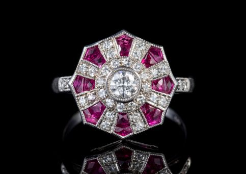RUBY DIAMOND CLUSTER RING 1CT RUBY DIAMOND 18CT WHITE GOLD  front