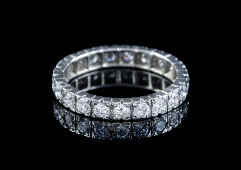 VINTAGE FRENCH DIAMOND FULL ETERNITY RING PLATINUM 2.20CT OF DIAMOND CIRCA 1920 front