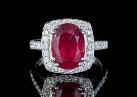 RUBY DIAMOND CLUSTER RING PLATINUM 3.80CT TREATED RUBY front