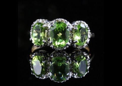 PERIDOT DIAMOND RING GOLD TRILOGY RING