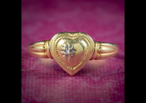 Vintage-French-Diamond-Heart-Locket-Ring-Circa-1980-cover