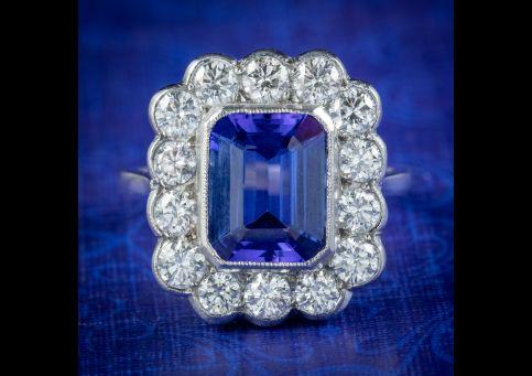 Tanzanite-Diamond-Cluster-Ring-3.50ct-Tanzanite-cover