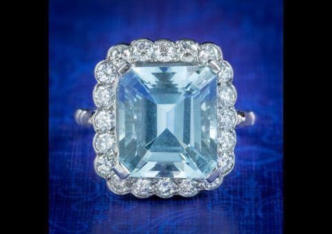 Vintage-Aquamarine-Diamond-Cocktail-Ring-Platinum-6ct-Aqua-2ct-Of-Diamond-cover