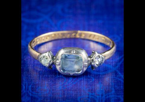 Georgian-Style-Ceylon-Sapphire-Diamond-Trilogy-Ring-cover