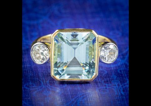 Art-Deco-Style-Aquamarine-Diamond-Trilogy-Ring-5ct-Aqua-cover