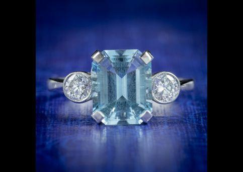 Art-Deco-Style-Aquamarine-Diamond-Trilogy-Ring-3ct-Aqua-cover