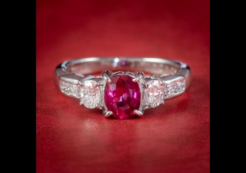 VINTAGE RUBY DIAMOND TRILOGY RING PLATINUM 0.92CT RUBY 0.37CT OF DIAMOND cover