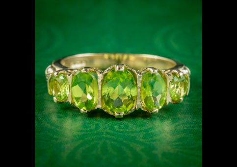 Victorian-Style-Peridot-Five-Stone-Ring-9ct-Gold-2.5ct-Of-Peridot-COVER