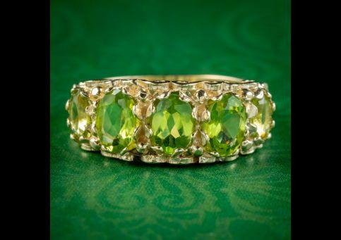 Victorian-Style-Peridot-Ring-1.80ct-Of-Peridot-cover