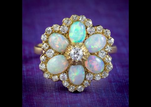 Vintage-Opal-Diamond-Cluster-Ring-3ct-Of-Opal-cover