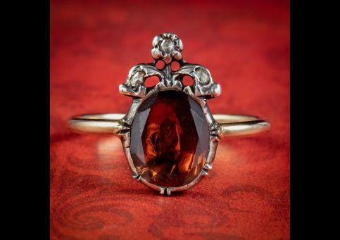 Georgian-Style-Flat-Cut-Garnet-Diamond-Ring-2.5ct-Garnet-cover