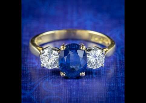 Edwardian-Style-Sapphire-Diamond-Trilogy-Ring-1.70ct-Sapphire-Dated-1992-cover