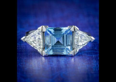 Vintage-Aquamarine-Diamond-Trilogy-Ring-3ct-Aqua-cover