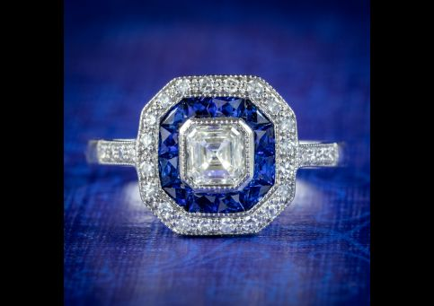 Art-Deco-Style-Diamond-Cluster-Ring-18ct-Gold-0.70ct-Of-Diamond-COVER