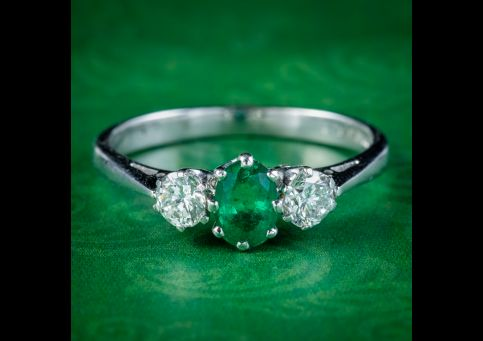 Edwardian-Style-Emerald-Diamond-Trilogy-Ring-0.60ct-cover