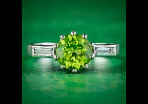 Art-Deco-Peridot-Diamond-Trilogy-Ring-1.50ct-Peridot-Circa-1920-cover