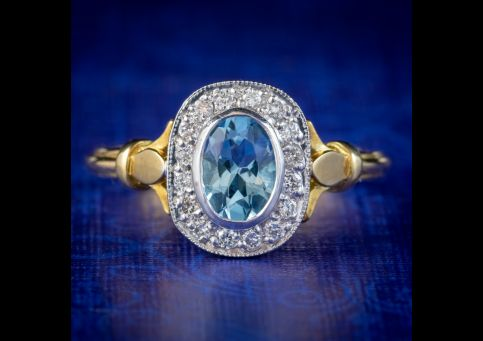 VINTAGE AQUAMARINE DIAMOND CLUSTER RING 18CT GOLD DATED 1998 cover