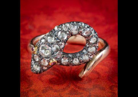 Georgian-Style-Diamond-Snake-Ring-Ruby-Eyes-1ct-Of-Diamond-cover