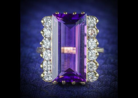 AMETHYST_DIAMOND_RING_18CT_GOLD_10CT_AMETHYST_FRONT