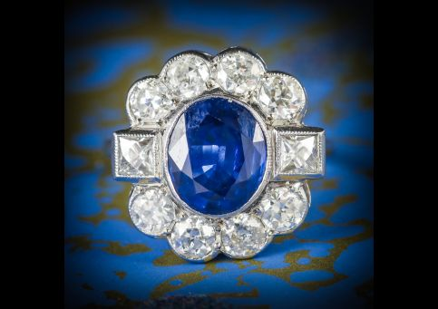 SAPPHIRE_AND_DIAMOND_RING_18CT_WHITE_GOLD_2.80CT_SAPPHIRE_COVER